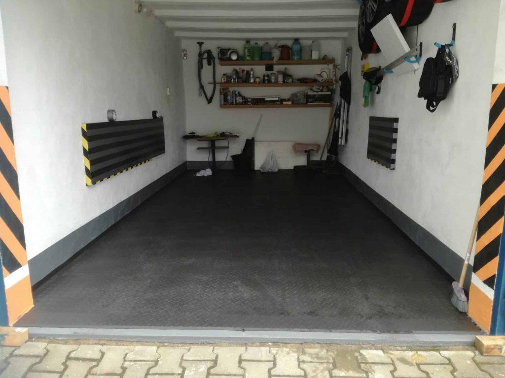 Remont garażu, Polska