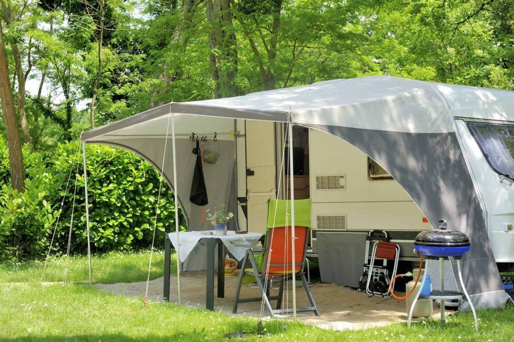 caravan-outside-2.jpeg